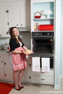 1950's Inspired Maternity Session © Fort Mill Photography